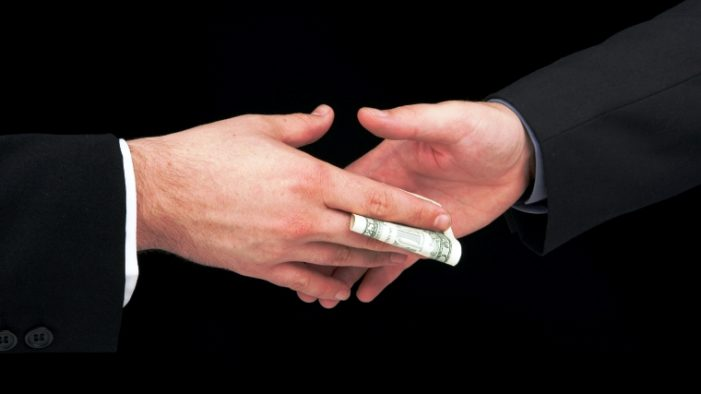 Miami-Dade employee gets 30 months for $13K in bribes